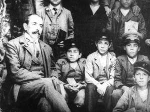 8 - Gramsci no ginásio - 1905